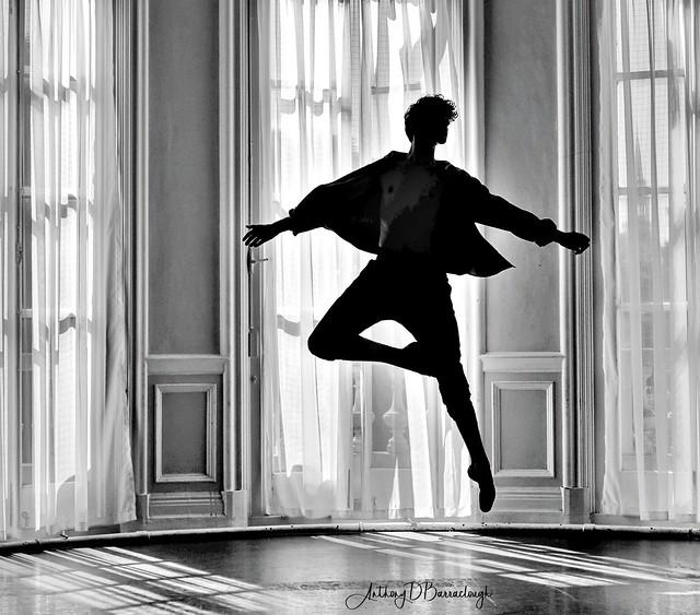 Ruben - Ballet  jeté 676bws1hdr-1