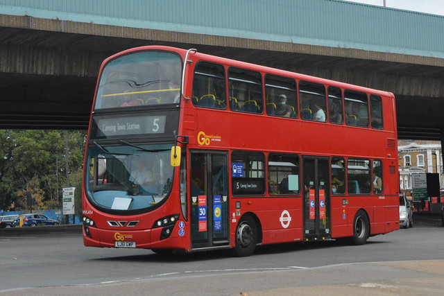 LJ61 GWP (WVL454) Go-Ahead London Blue Triangle