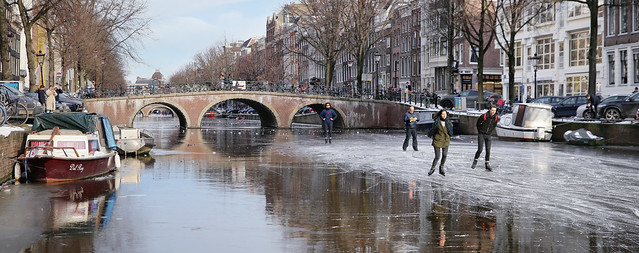 Ice skating on the Historic Keizersgracht in Amsterdam