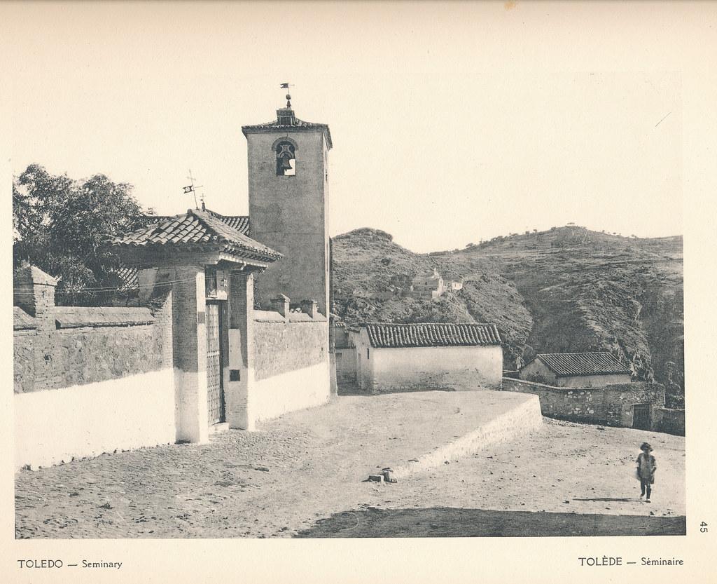 """Iglesia de San Lucas en Toledo en septiembre de 1924. Fotografía de F. R. Yerbury publicada en 1925 en """"Lesser known architecture of Spain"""". Colección de Eduardo Sánchez Butragueño."""