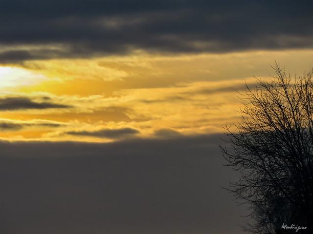 Layered clouds - Superposition de nuages