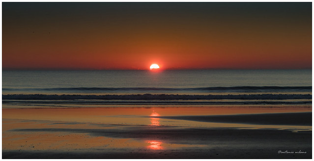 Paleta cromática de una puesta de sol  // Chromatic palette of a sunset.