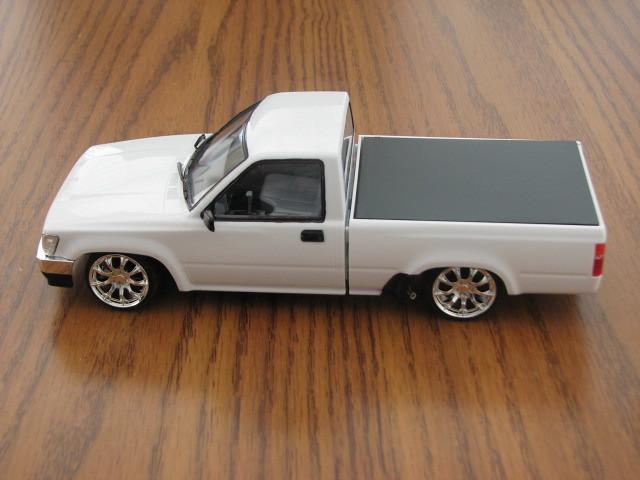 Toyota Pickup Left Side