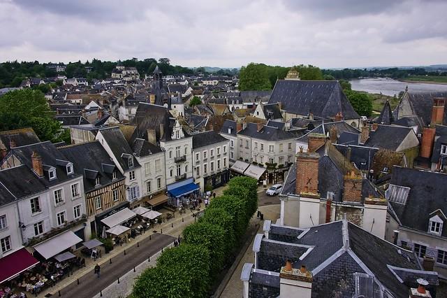 Over Amboise