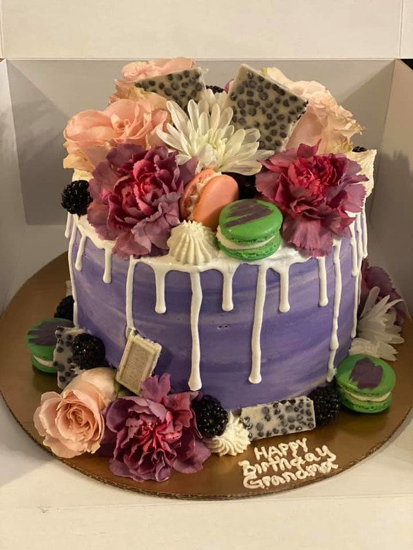 Cake by Simplicities