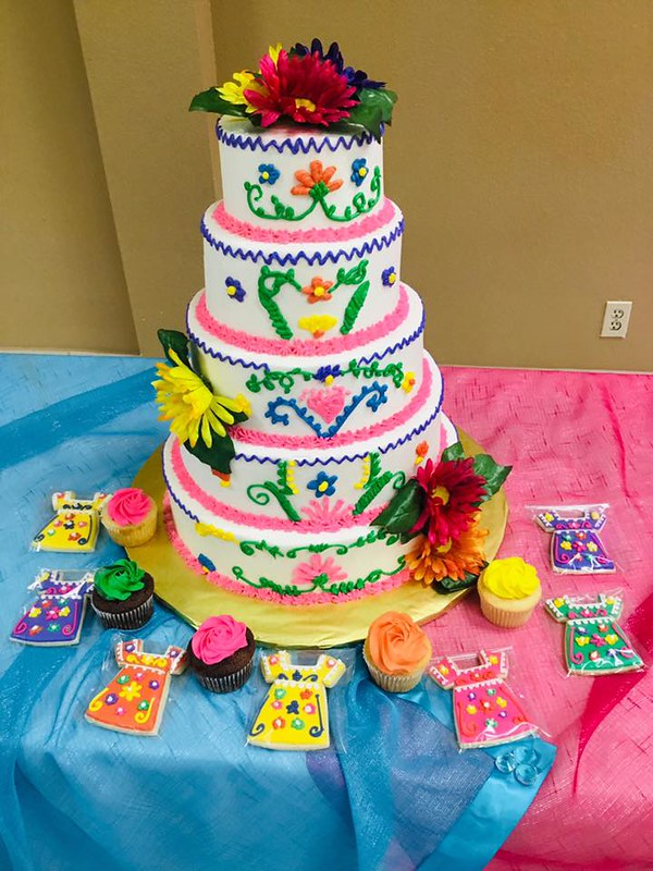 Cake by Holy Sweeets