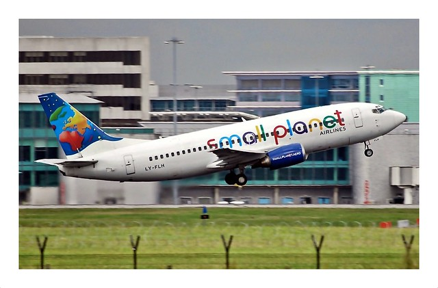 S5/LLC Small Planet Airlines Boeing 737 LY-FLH