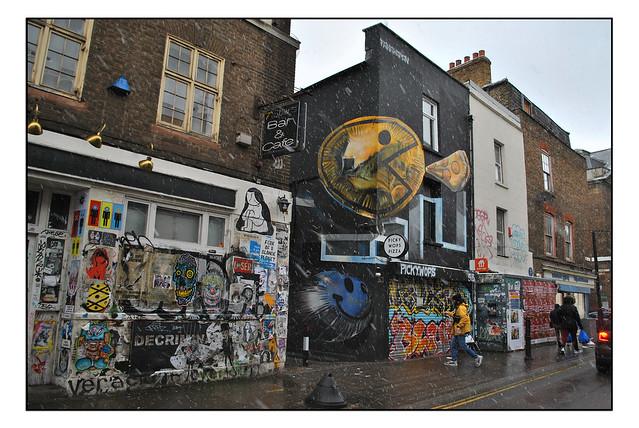 LONDON STREET ART by FANAKAPAN.