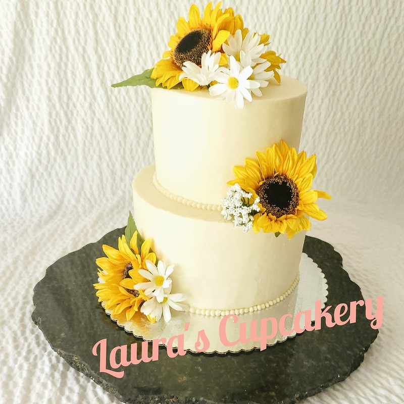 Cake by Laura's Cupcakery