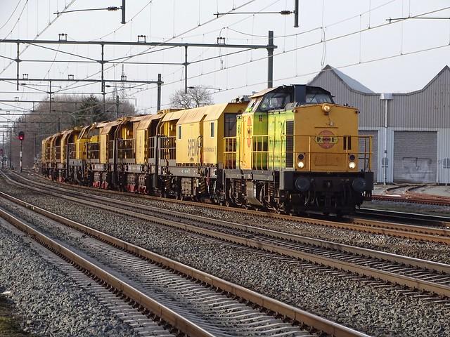 Speno Railgrinder Train with V100 Diesel Locomotive Railfeeding at Blerick,the Netherlands 20.2.2021