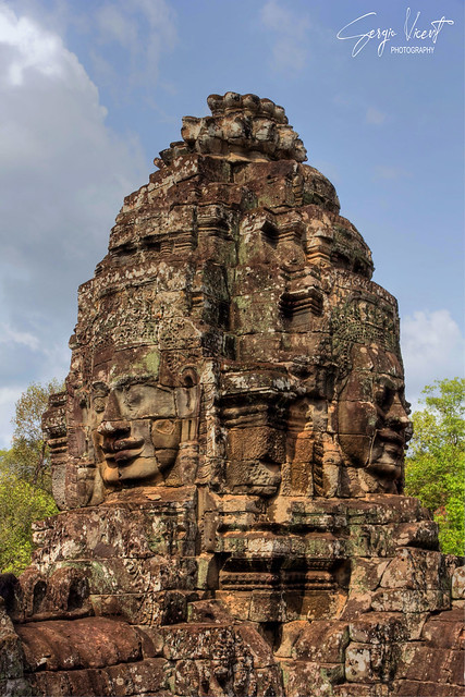 Tower of smiling faces at Bayon temple