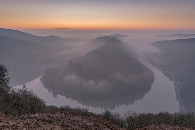 *Saarschleife @ river bend at dawn*