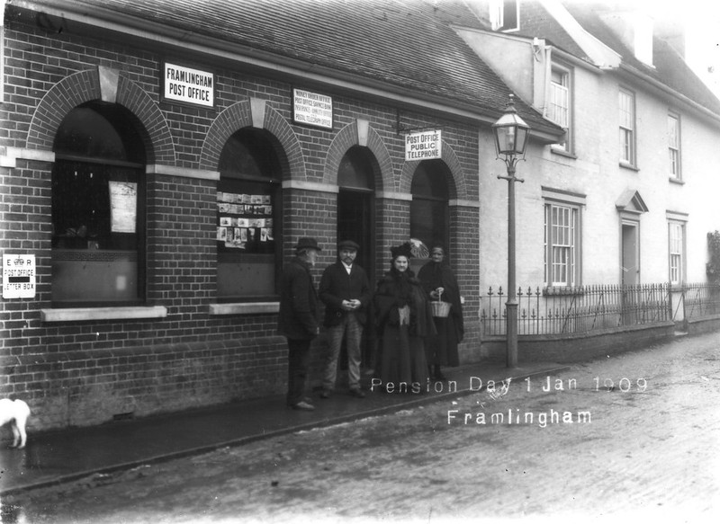 Then And Now: Post Office, pension day, 1 Jan 1909