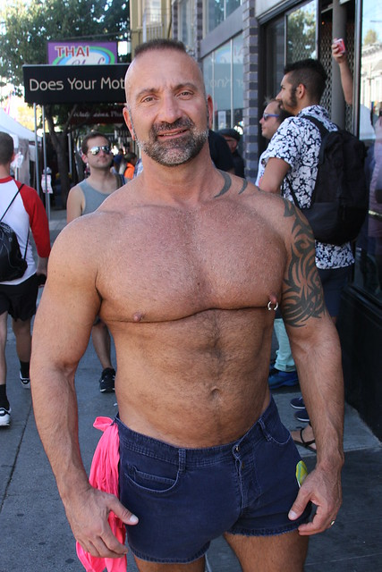 101 HOT MAN CHESTS / PECS ! ! RUNNER-UP # 1 ! ( safe photo )