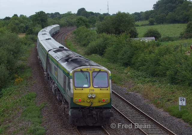 Irish Rail 219 at Rathmorgan.