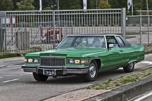 Cadillac Coupé DeVille 1975 (1772)