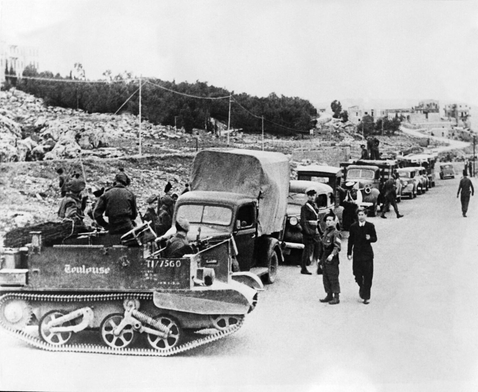 09. После атак «Иргун» на британцев на дорогах выставлены блокпосты