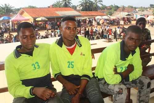 Simon Ndjate, Taye Ilungu au milieu et Patrice Sona (1)