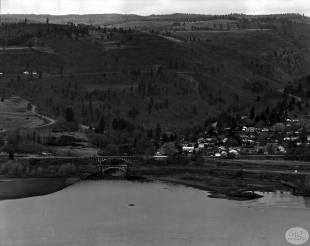 Lyle, Washington from Rowena Crest, Oregon