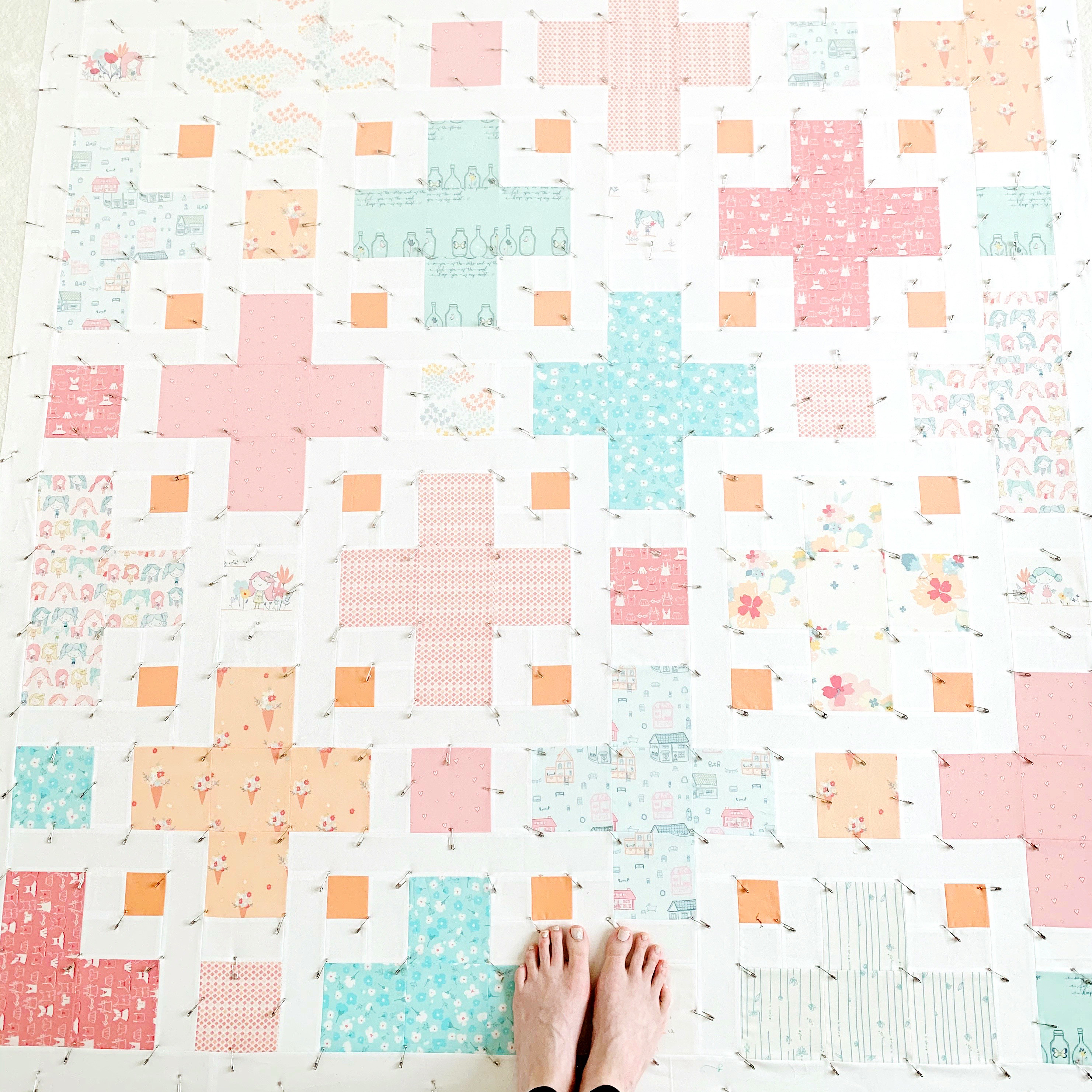Basting the Violet Quilt - Kitchen Table Quilting
