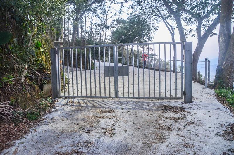 白葉山產道鐵柵門