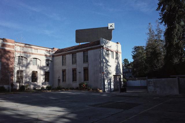 Piedmont Ave.
