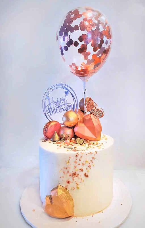 Cake by Flying Pig Cakery