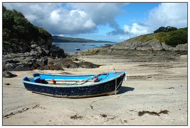 2005-0248 - Boat on a beach, Ardtoe, Ardnamurchan Peninsular.