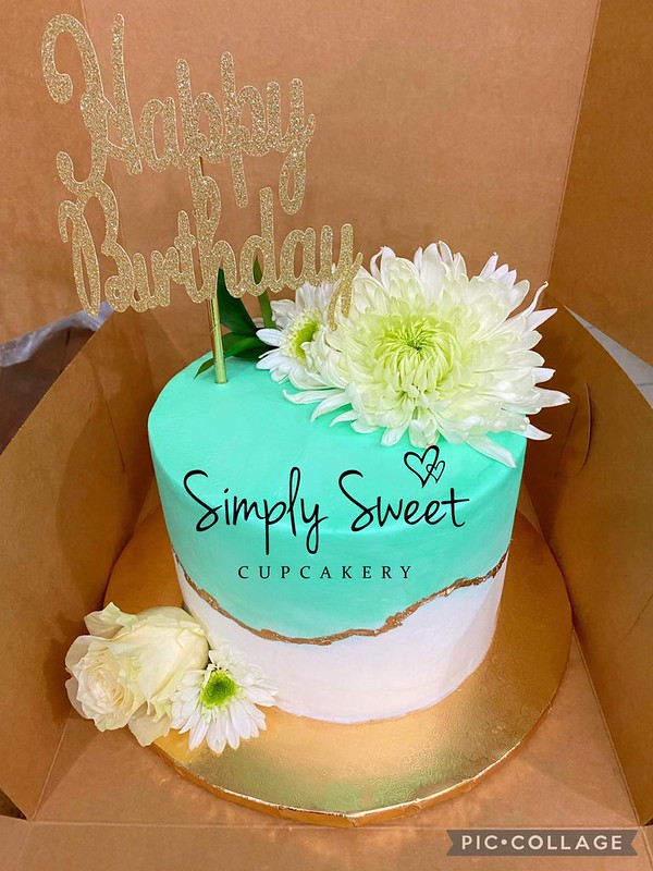 Cake by Simply Sweet Cupcakery