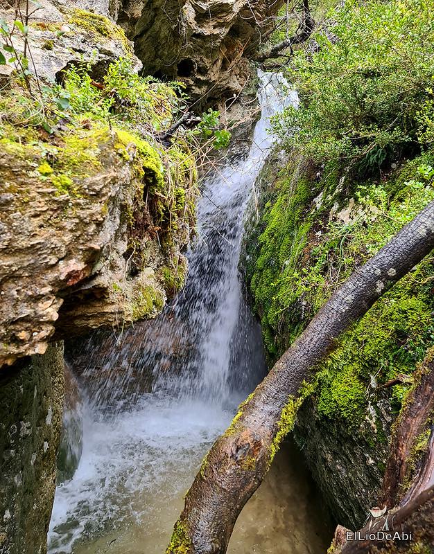 Cascada de la Huevera en Padrones de Bureba (15)