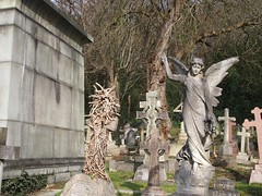 Angel and tombs