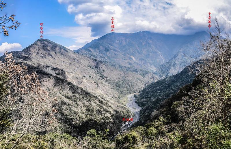 久久巢山稜線(H 1240 m)東北望群山 (6)-1