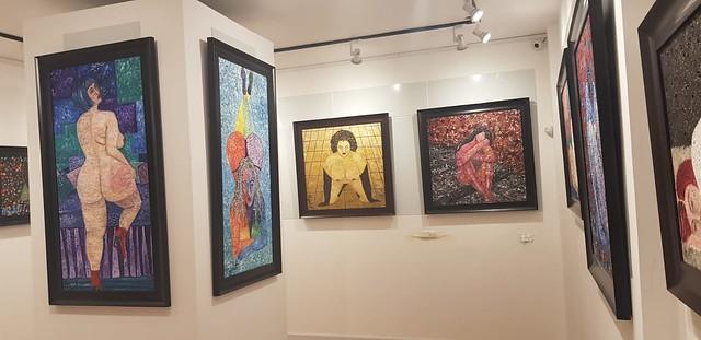 הציירת האמנית הישראלית המודרנית  איילת בוקר יוצרת מודרנית