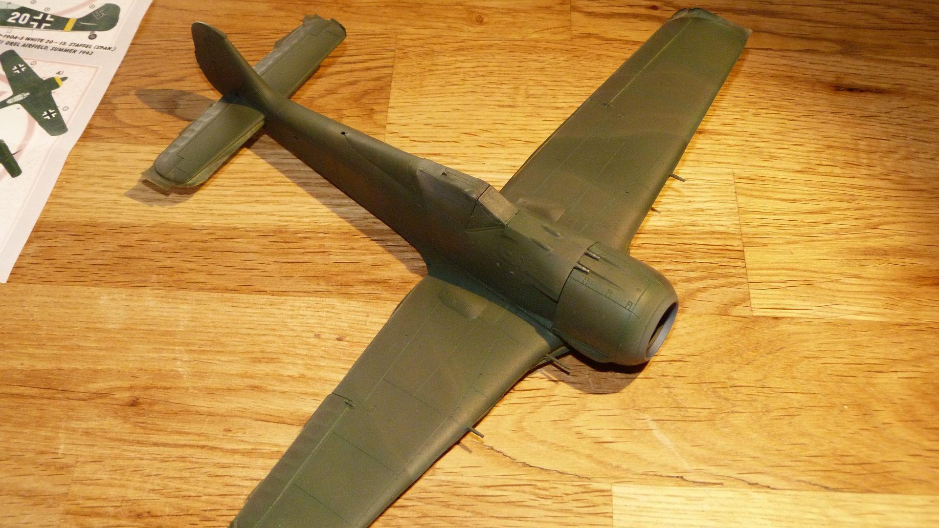 FW-190A-3 Escuadrilla Azul - Sida 2 50966483661_e632e702a6_o