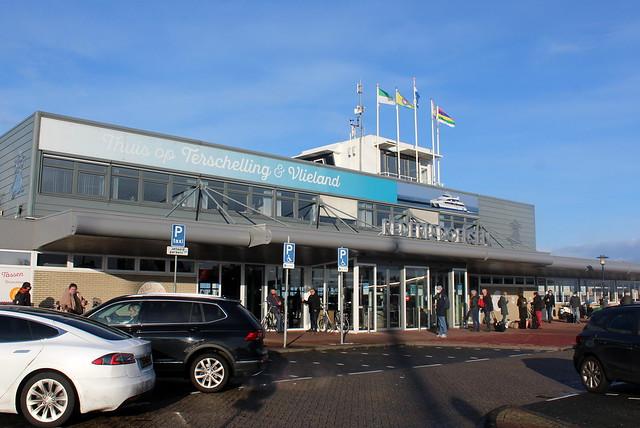 Doeksen Ferry building