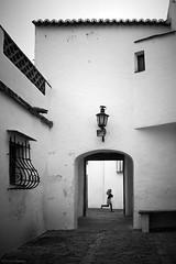 Menina em Monsaraz  (由  RICARDO CHAVES H.