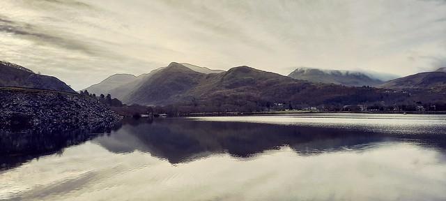 Lake padarn reflection