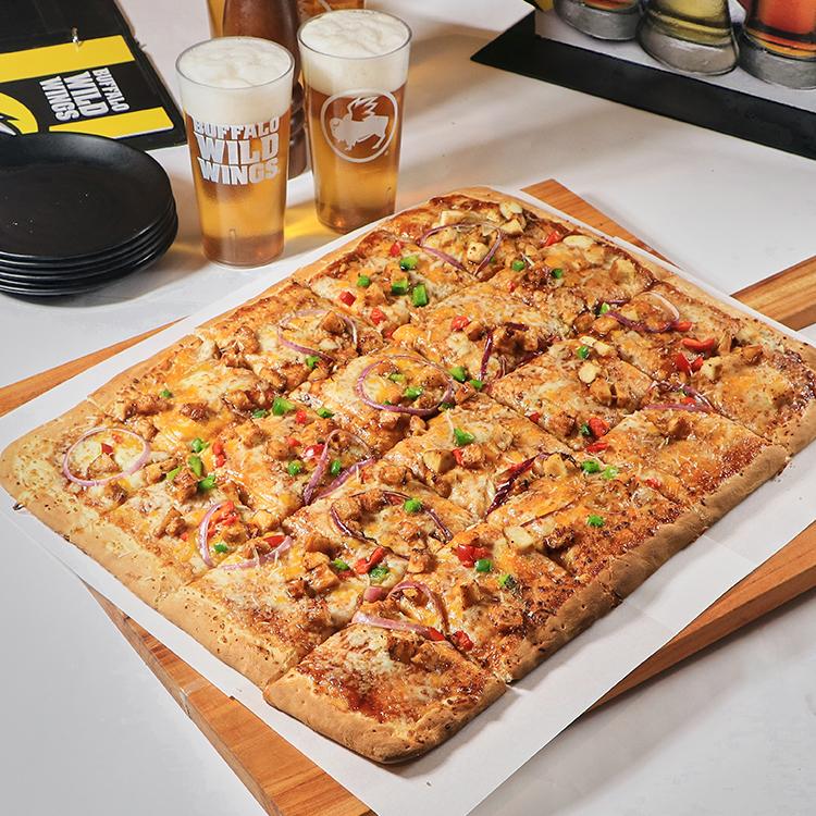 "Buffalo Wild Wings Launches ""Football Field Pizza"""