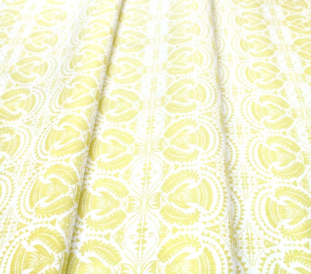Art Gallery Fabrics Pollinate Honeyleaf