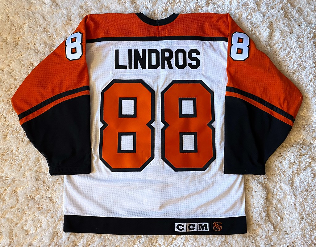 1994-95 Eric Lindros (Back)