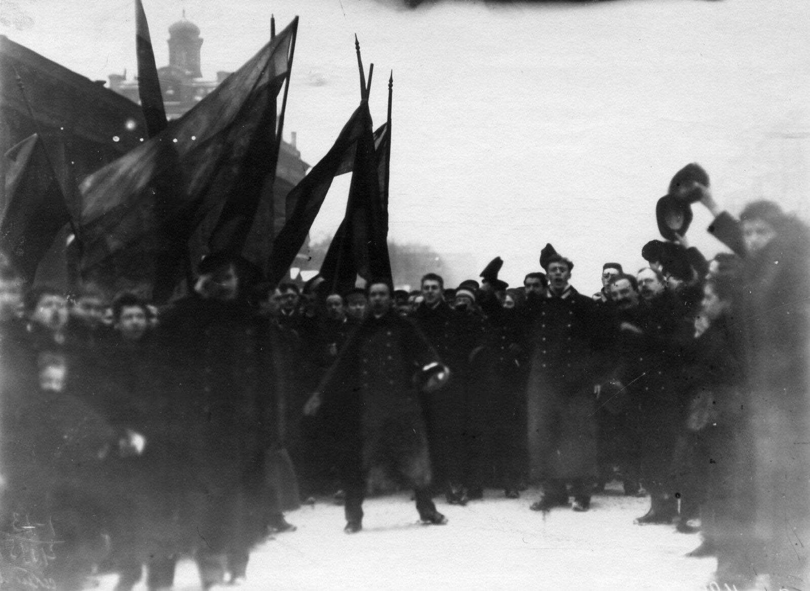19. 1912. Демонстрация протеста на Невском проспекте. Санкт-Петербург. 15 апреля