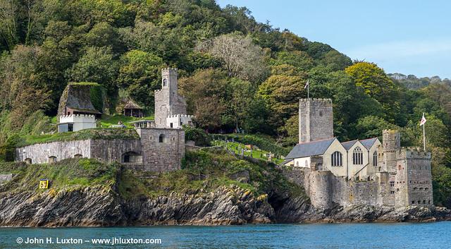 L2020_4155 - Dartmouth Castle and St Petroc's Church - Devon