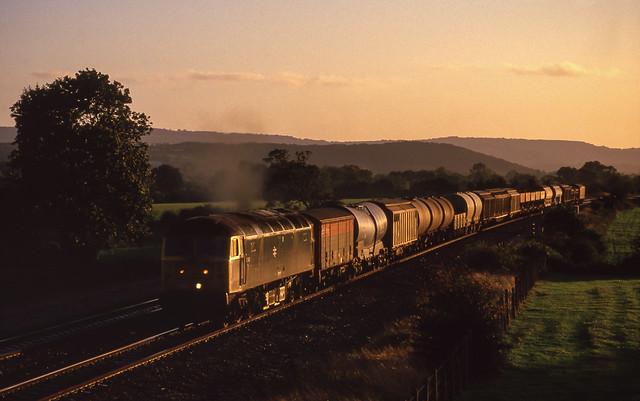 47341 At Charlton. 08/10/1987.
