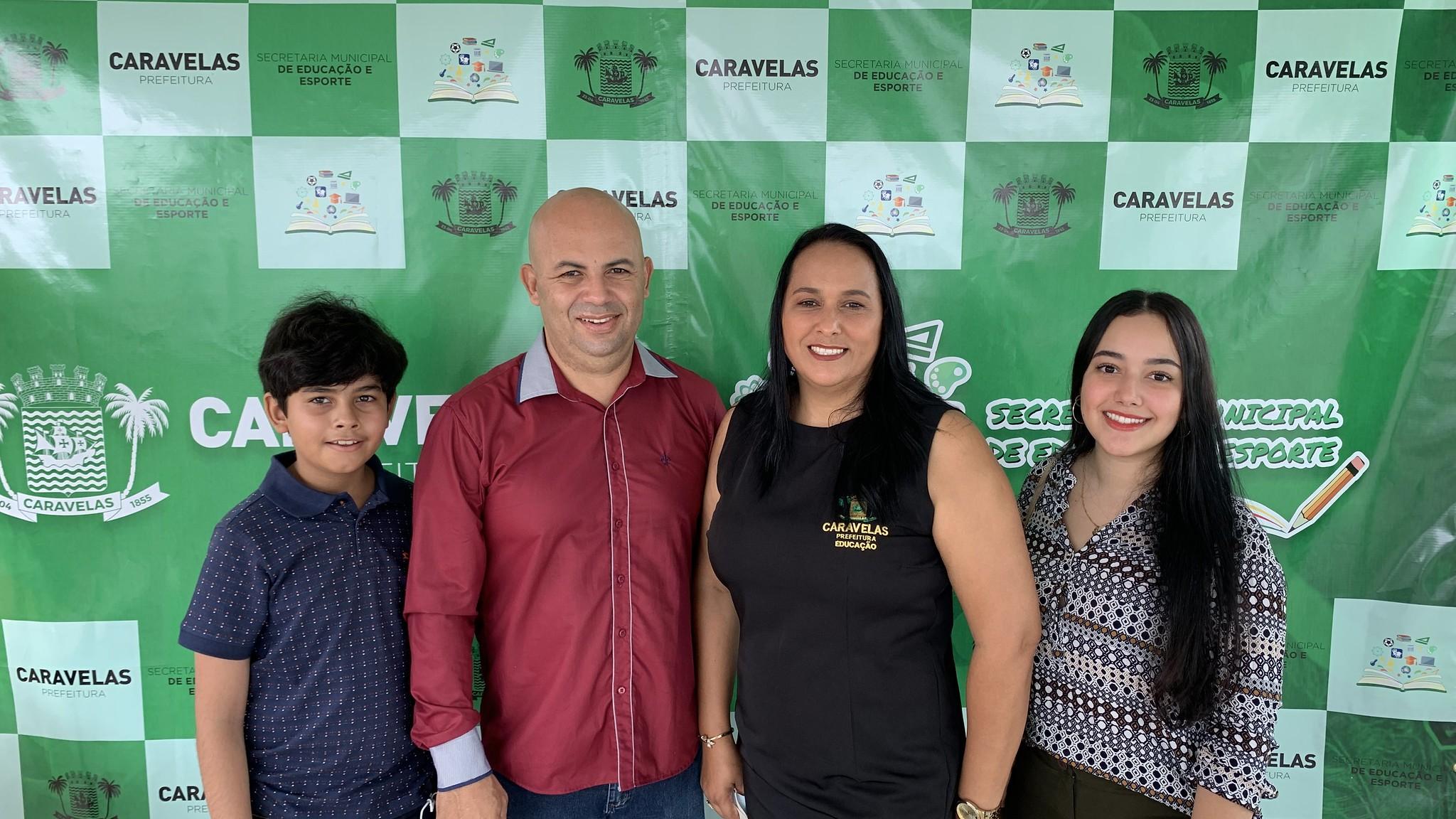 Jocivânia Caetano e família