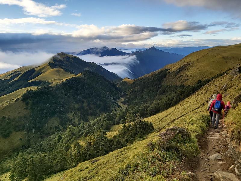 100 Peaks: Mt. Qilai South Peak and Mt. Nanhua