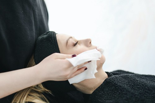 Dry Skin Care - Tips On How To Manage Dry Itchy Skin