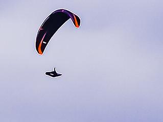 PICT1428 Paraglider in Gondola