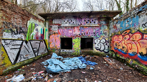 Wharncliffe Wood sub station 09 | by HughieDW