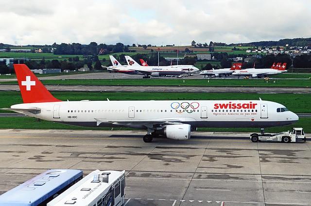 Swissair Airbus A321 HB-IOC
