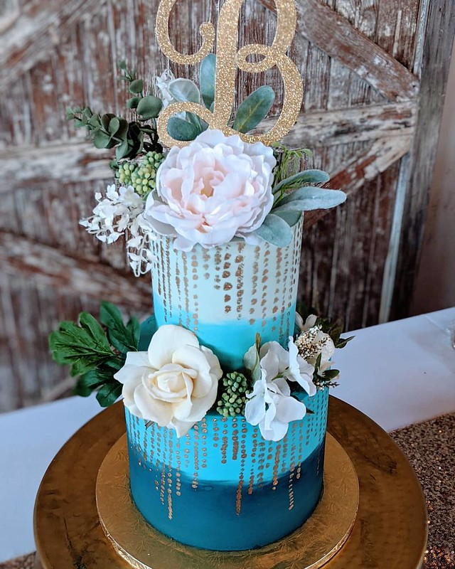 Cake by Gold Leaf Cakes